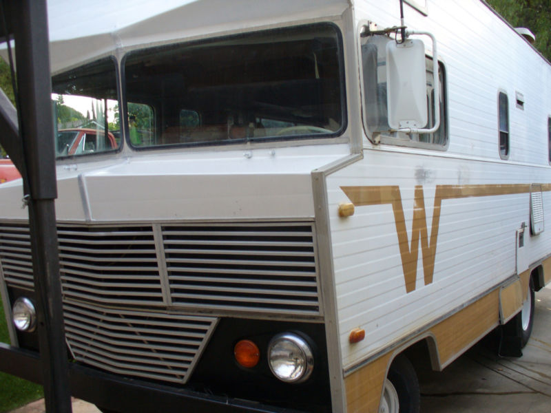 VINTAGE WINNEBAGO CAMPING 20F ビンテージウイネベーゴ 新車 中古車 デソート
